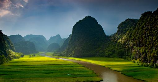 ベトナムの古都ホアルー